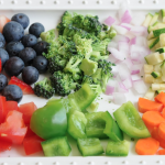 Choose colorful fruits and veggies!